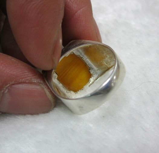 出售鹤顶红戒指,红珊瑚戒指,挂件2月3日
